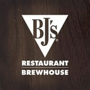 BJs Restaurant & Brewhouse - Valley Stream